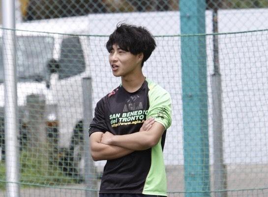 新田 晴 コーチ